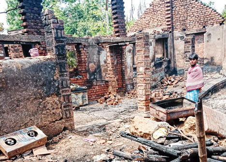 Hindu Houses gutted in fire