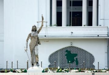 Lady Justice Statute removed from Bangladesh SC